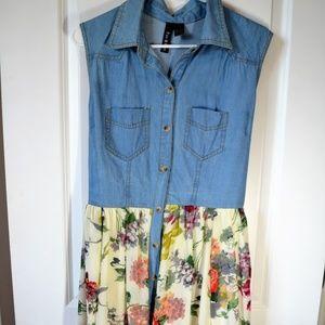 Junior's Denim & Floral Dress
